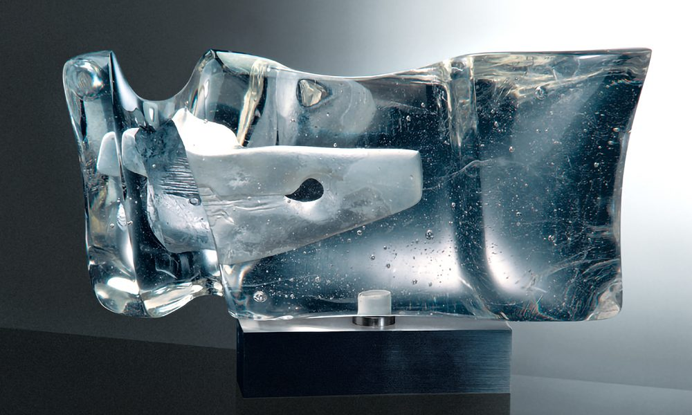 The Inner Space; 1968, 20 x 32 x 14 cm, melted glass, Corning Museum of Glass, Corning / USA